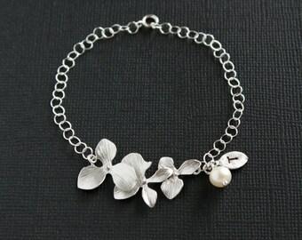 Initial bracelet, orchid bracelet, pearl and leaf bracelet, silver flower bracelet, wedding jewelry bridal jewelry family bracelet friend