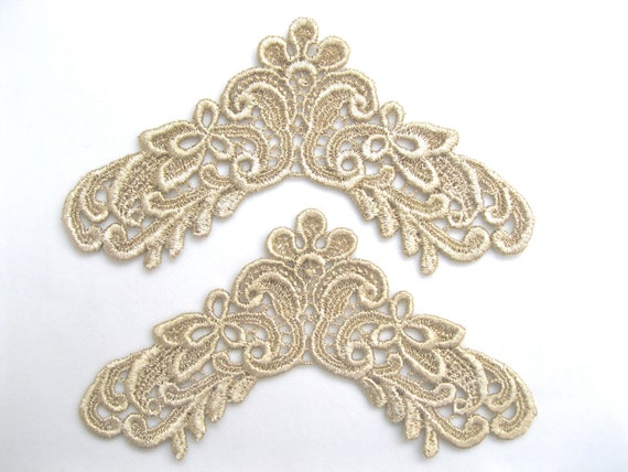 Pair Venice Lace Applique Frame Corners Motif Hand Dyed Great for Crazy Quilting and Jewelry