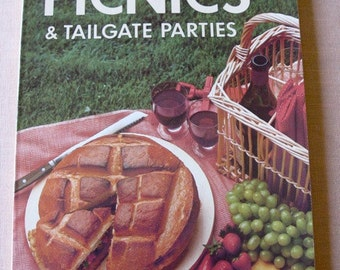 1982 Sunset Magazine Book Picnics and Tailgate Parties Recipes Cooking GREAT Condition