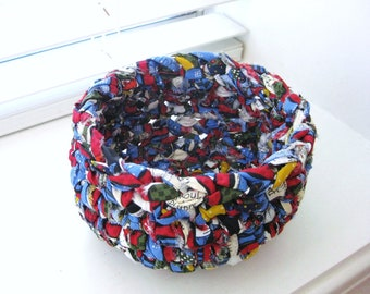 Crochet Rag Bowl - Small Crochet Bowl - Comic Book Colors - Repurposed - Colorful Crochet Bowl - Crochet Rag Bowl - Crochet Basket