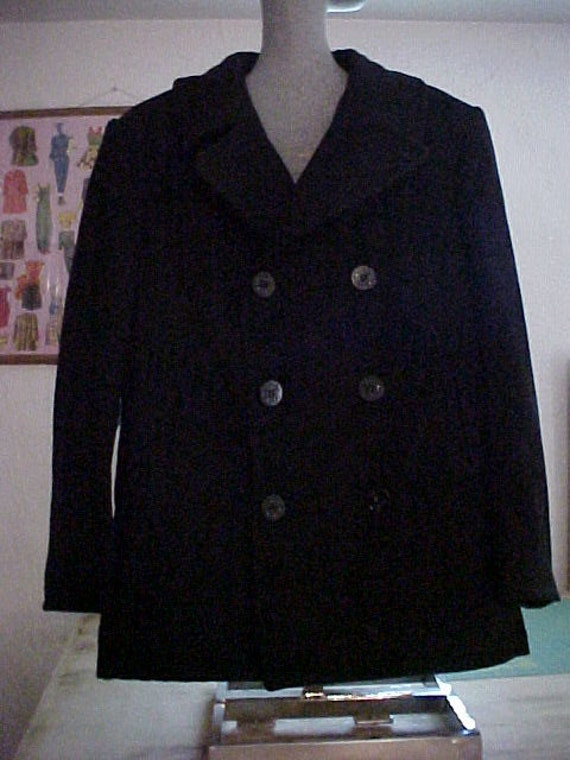 us navy pea coat dating Knowing how to tell the age of a vintage navy pea coat can help prevent your from throwing away a valuable clothing item it can also help you determine the ages of many vintage and not so vintage items.