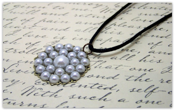 Medieval Necklace - Renaissance Jewelry - Medieval Jewelry - Pearl Necklace, Tudor Jewelry, SCA, Elizabethan