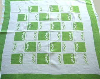 Mid-Century Printed Tablecloth, Linen, Vintage, Stylized Leaves on Bright Spring Green, 50 x 53, Excellent Condition
