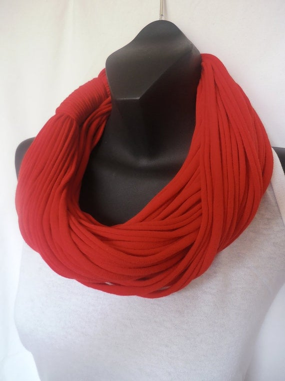 Infinity Scarf - Super Chunky - Red Color