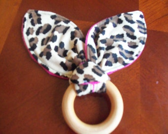 Wooden Teething Ring Toy. Leopard Hot Pink Minky, Baby Teether, Montessori, Bunny Ear Teething, Toy Teether, Shower Gift, Newborn Toy
