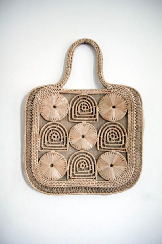 Vintage 70s macrame Large cream handbag woven bag