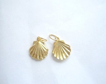 2 pcs Gold Vermeil, solid clam shell  charms (12x10mm), gold plated .925 sterling silver, sea shell charm