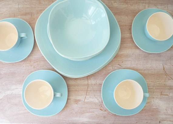 RESERVED for Bella - Vintage J and G Meakin South Seas 20 Piece Dinner Setting for 4 in beautiful blue