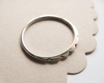 Tiny Petal Ring, Simple Sliver Ring, sterling silver stacking ring, modern, Urban, Minimal Silver Ring