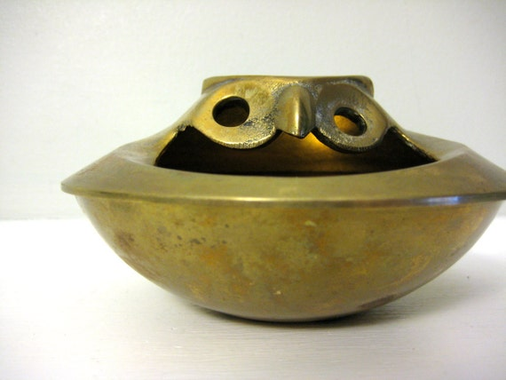 SALE Vintage Brass Owl Bowl, Trinket Dish, Ashtray, Gold Tone Metal Bird Decor, Jewelry Holder, Ash Tray, Retro Woodland Animal Dish