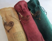 Set of 3 - Rustic Burlap Wine Bags with Rustic Hearts- Rustic Wedding, Shabby Chic Wedding, Christmas Decoration, Holiday Decoration