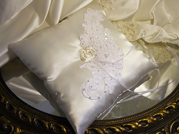 """Wedding Lace Ring Bearer Pillow, handmade of ivory satin and off white wedding lace. """"READY TO SHIP"""""""
