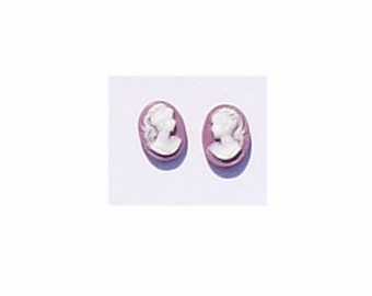 Pair 10x8mm lilac purple profile resin cameo Item 291q