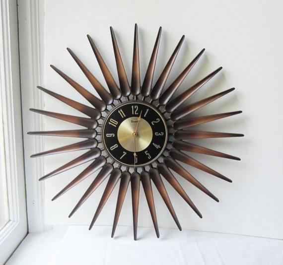 Large Vintage Syroco Starburst Wall Clock 22 1 2