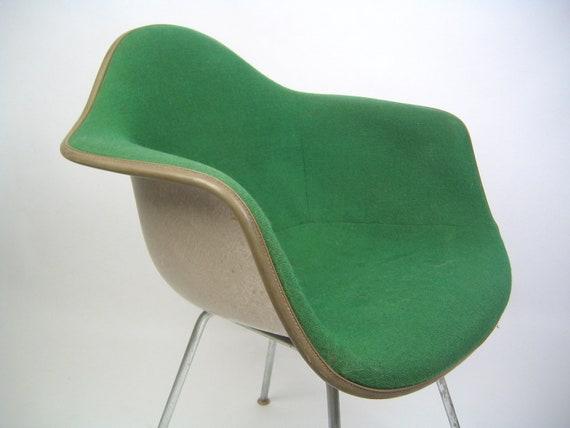 Bright green Herman Miller Eames Fiberglass chair, free shipping in USA