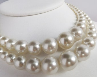 Vintage jewelry necklace HUGE Japan white wedding simulated pearls in graduating size double strand  gay wedding necklace