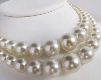 Vintage jewelry necklace HUGE Japan white wedding simulated pearls in graduating size double strand  gay wedding necklace Sale half price