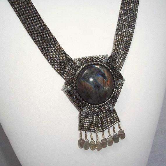 Labradorite Cabochon Beadwoven Necklace