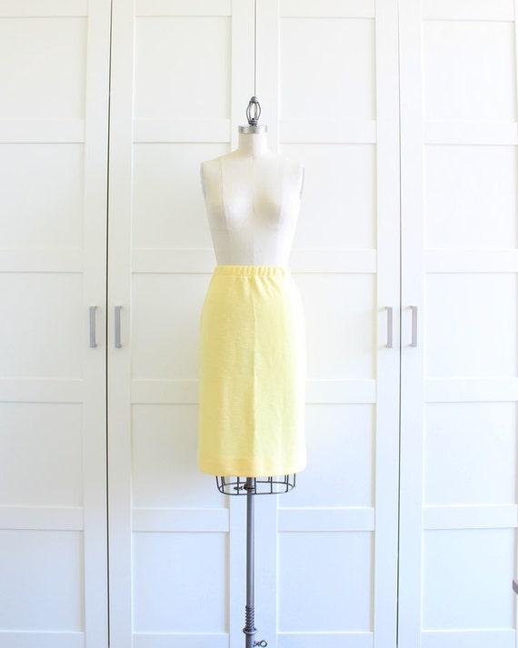 Vintage High Waist Pencil Skirt, Office Fashion 60s Pencil Skirt, Highwaisted Secretary Wiggle Skirt, size Medium Large