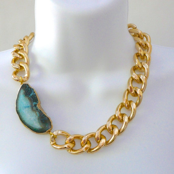 Chunky Gold Chain Link & Turquoise/White Agate Necklace