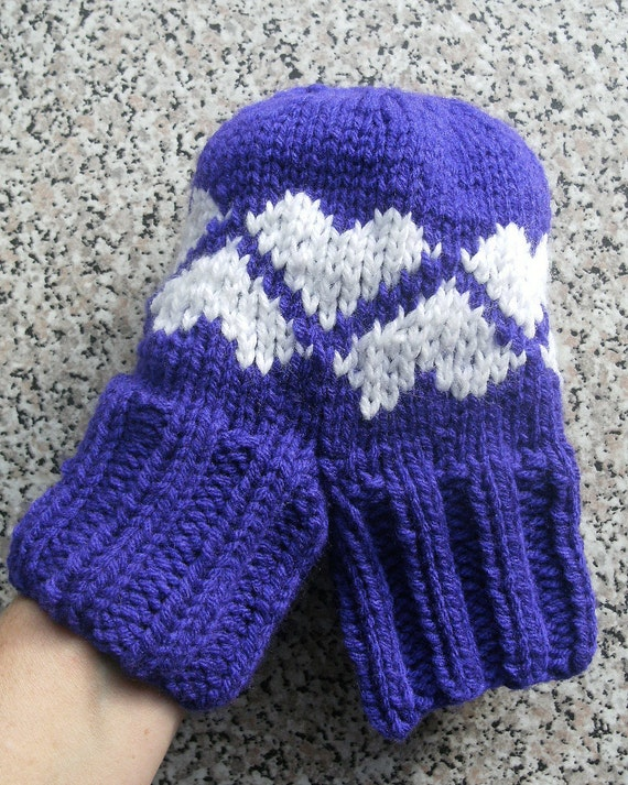 Smitten Love-Glove Double Mitten Handknitted Purple White Hearts NEW COLOUR COMING