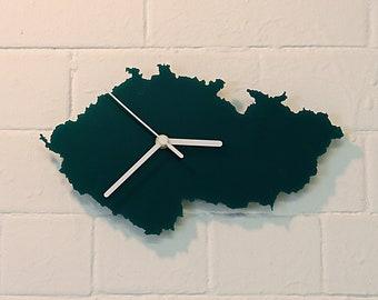 Czech Republic clock (Green)
