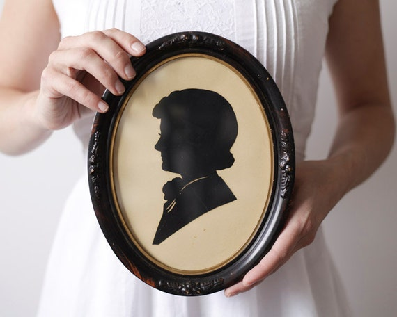 Vintage Cut Paper Silhouette - Portrait of a Lady, Oval Wood Frame