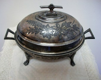 Beautiful Vintage Victorian Ornate Rose Quadruple Silverplate Butter Dish