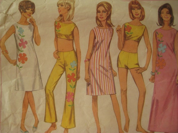 Vintage Simplicity 7017 Sewing Pattern, 1960s Shift Dress Pattern, Bell Bottoms, Boy Shorts, Bust 34 Inches, Vintage Size 14