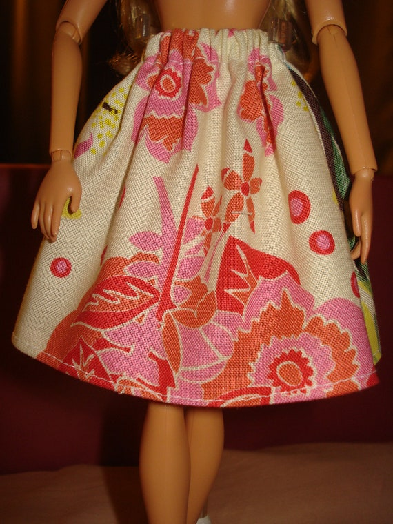 Barbie Doll Separates - Pink & green floral skirt - es4
