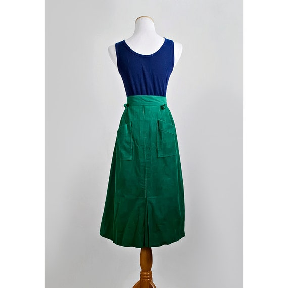 Vintage Green Skirt / 1960s Pleated Corduroy Skirt with Pockets / SALE