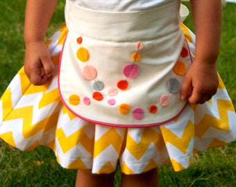 Sewing Pattern: Girls Apron Dirndl Skirt with Multiple Options (PDF. epattern INSTANT DOWNLOAD)