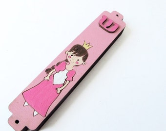 Kids Mezuzah Case - Princess, Pink and white Mezuzah - decorative kids mezuzah -Girls mezuzah hand painted on wood