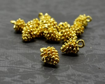 2pcs of Light Gold Plated Brass Cute 3D Pinecone Charms Pendants Drops Q09-Rd