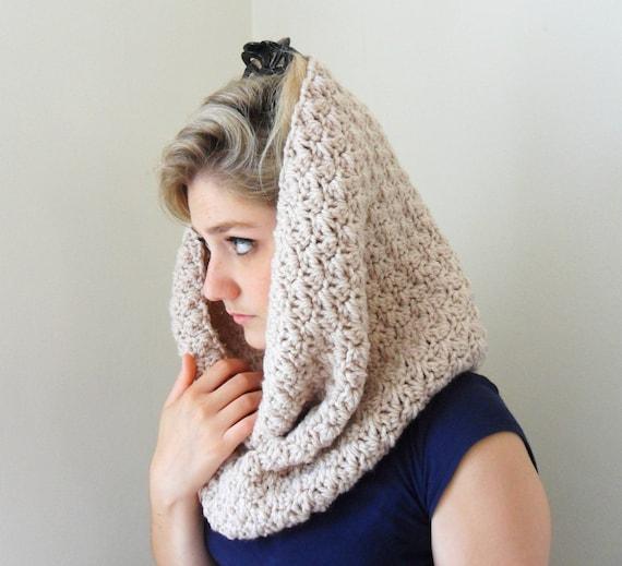 Items Similar To Crochet Cowl Beige Chunky Yarn Infinity