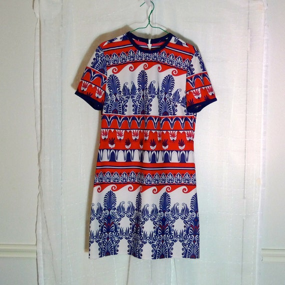 Shift Dress Psychedelic Op art A LIne Inspired red white blue short sleeve Mid Century Retro Vintage 70s Fourth of July  FREE SHIP