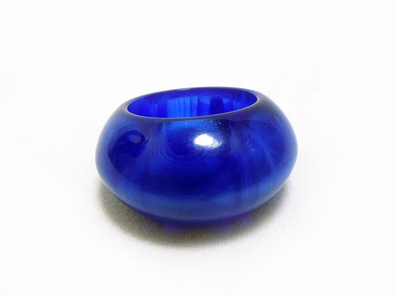 Chunky Vintage Cobalt Lucite Ring - ca. 1960s New Old Stock