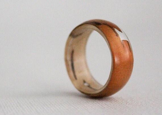 birch bark  size 7 transparent round resin eco ring