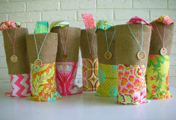 Beach Wedding Bridesmaid Gifts: Bridesmaid Gift Bags Wine Colorful Beach By HabitationBoheme