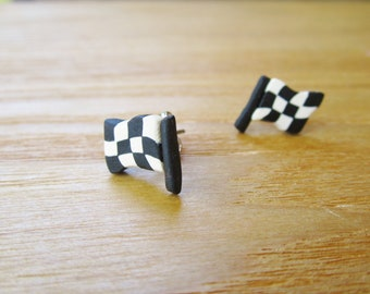 Sporty Girl Earrings... Checkered Flags