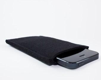 iPhone or Droid Sleeve - 100% Merino wool - Black - Portrait