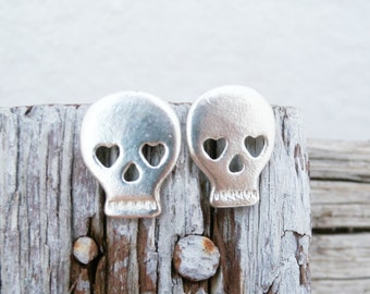 Skull Earrings Sterling Silver - Sterling Silver Sugarskull Earrings - Dia Des Los Muertos Studs - Skull with Hearts - Skull Silver Earrings
