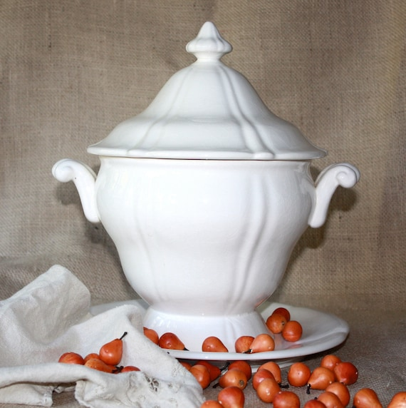 Vintage Country French Tureen - Double Handled