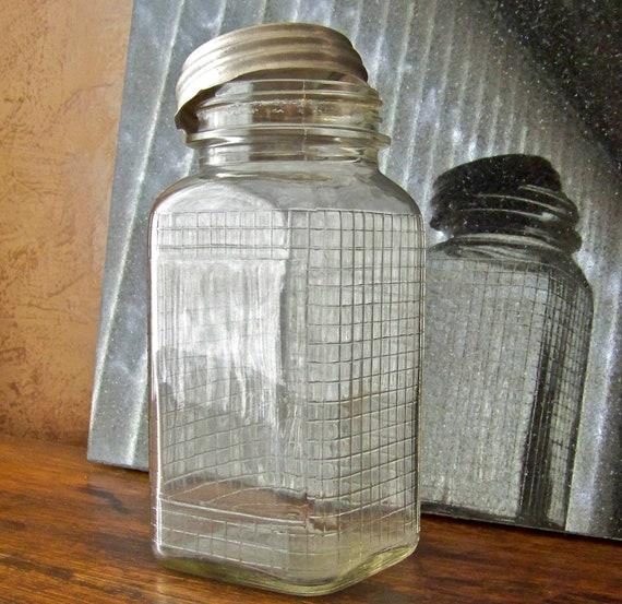 Vintage Canning Jar Raised Grid Pattern
