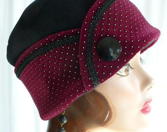 Black Fleece Pillbox Lid with Dotted Maroon Velvet Cuff