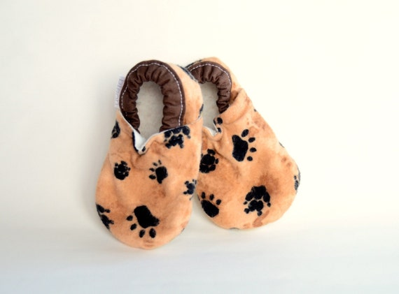 Paws Flannel Bison Booties Buffalo Size 0 to 6 Months baby newborn Size 1 Ready to Ship woodland natural dogs bears animals paw prints