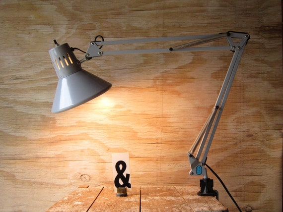 Industrial  Swing Arm Lamp with Clamp Anglepoise Lamp