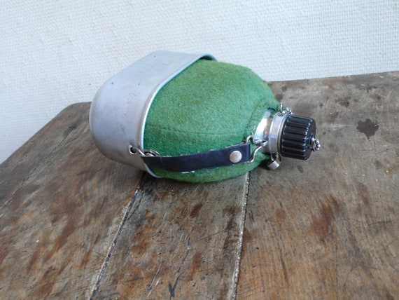 Vintage canteen, metal water bottle, camping equipment,  french, metal, coffee,    French vintage housewares