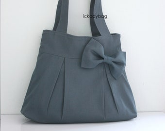 Sale Gray Canvas Bag with Bow. Shoulder bag, Tote Purse, Everyday bag, Pleats, Bridesmaid Gift, Woman, For her, 5 pockets - Bowie