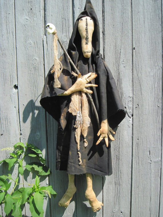 SALE Primitive Halloween Ghoul, Halloween Ghost, Halloween Door decoration, Halloween Ghost, Mr. Midnight